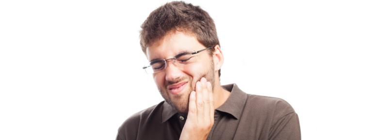 ¿por qué tengo los dientes sensibles?